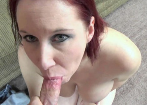 Mature slut Lia's blowjob audition